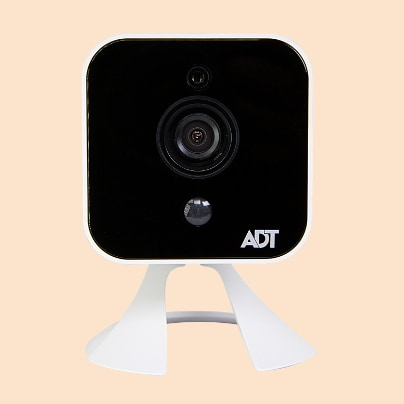 Mobile outdoor security camera